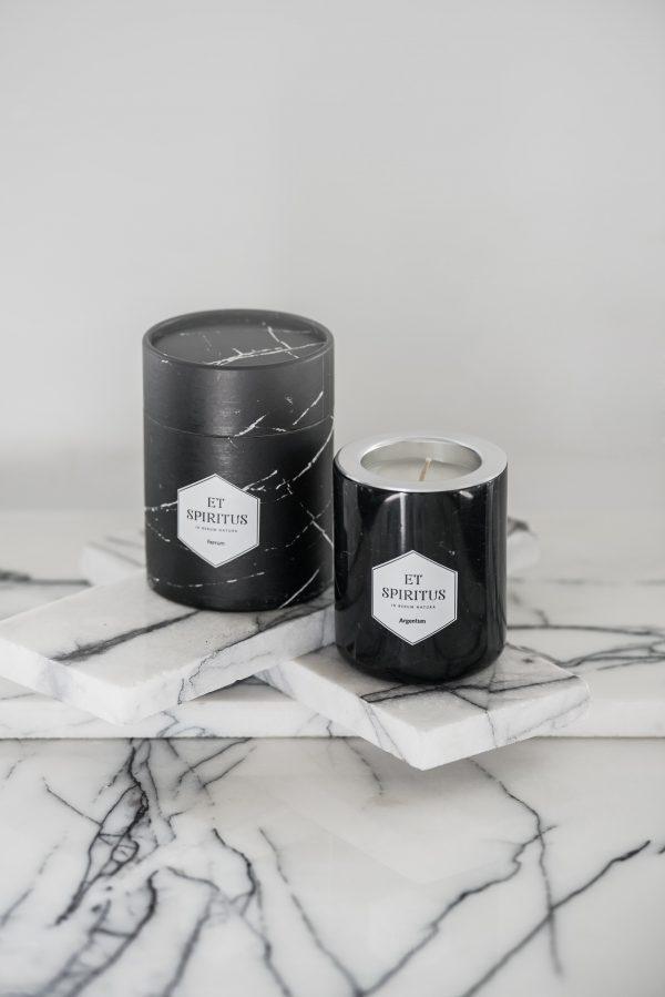 Ароматическая свеча из черного мрамора