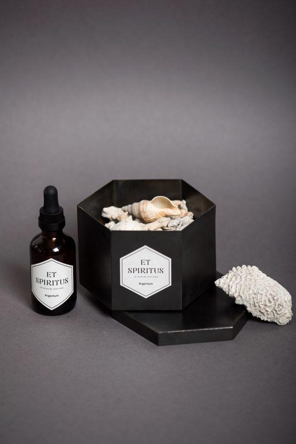 Стальной черный гексагон с кораллами аромат ARGENTUM