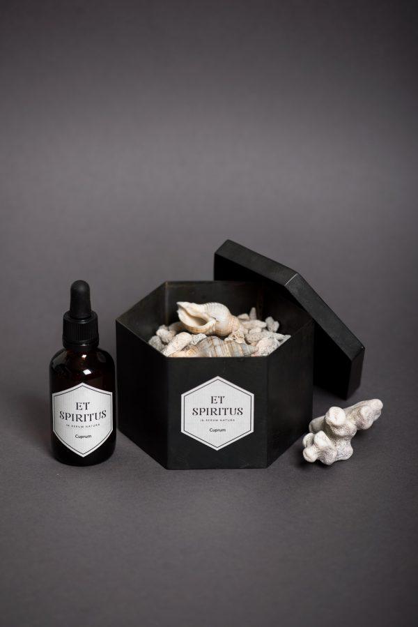 Стальной черный гексагон с кораллами аромат CUPRUM